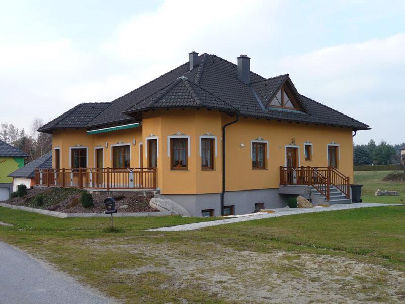 Hausbau - Ziegelmassivbau Holzriegel Hausbau Zimmerei Baumeister Fertigteilhaus Holzbau Massivbau