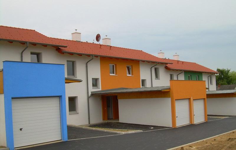 Hausbau - Hochbau - Reihenhausanlage Baumeister Massivbau Massivhaus